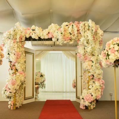 Grand Flower Arch